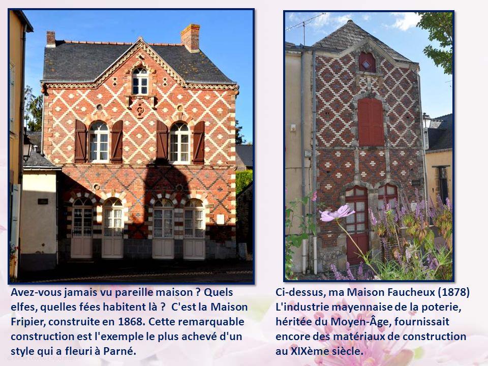Dans le village l'impression de magie se poursuit. Regardez cette drôle de maison, avec ses deux tourelles… En fait, il s'agit des tours d'escaliers d
