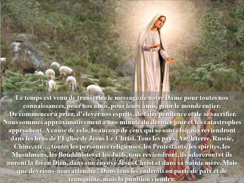Le père Augustín, qui réside à Fátima, a dit que le Pape Paul VI a donné son autorisation de rendre visite à soeur Lúcia qui, depuis qu elle était religieuse cloîtrée, ne pouvait ni sortir ni recevoir de visites.