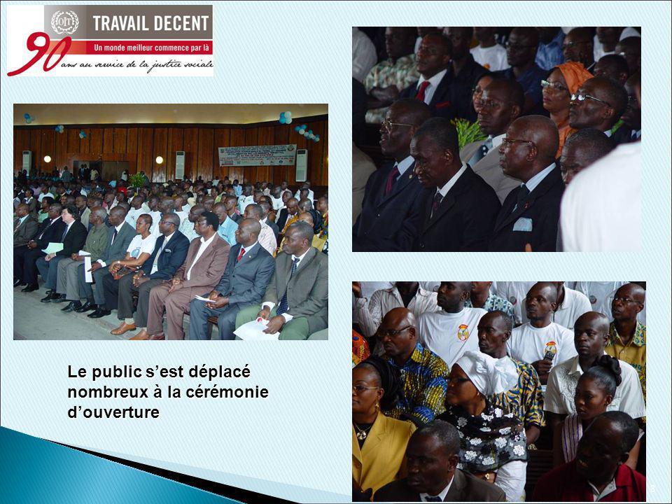9 Cérémonie festive rehaussée par la présence de hautes personnalités et dartistes: Ci-dessus le Premier Ministre ivoirien et ci-contre, le parolier Bomou Mamadou en prestations