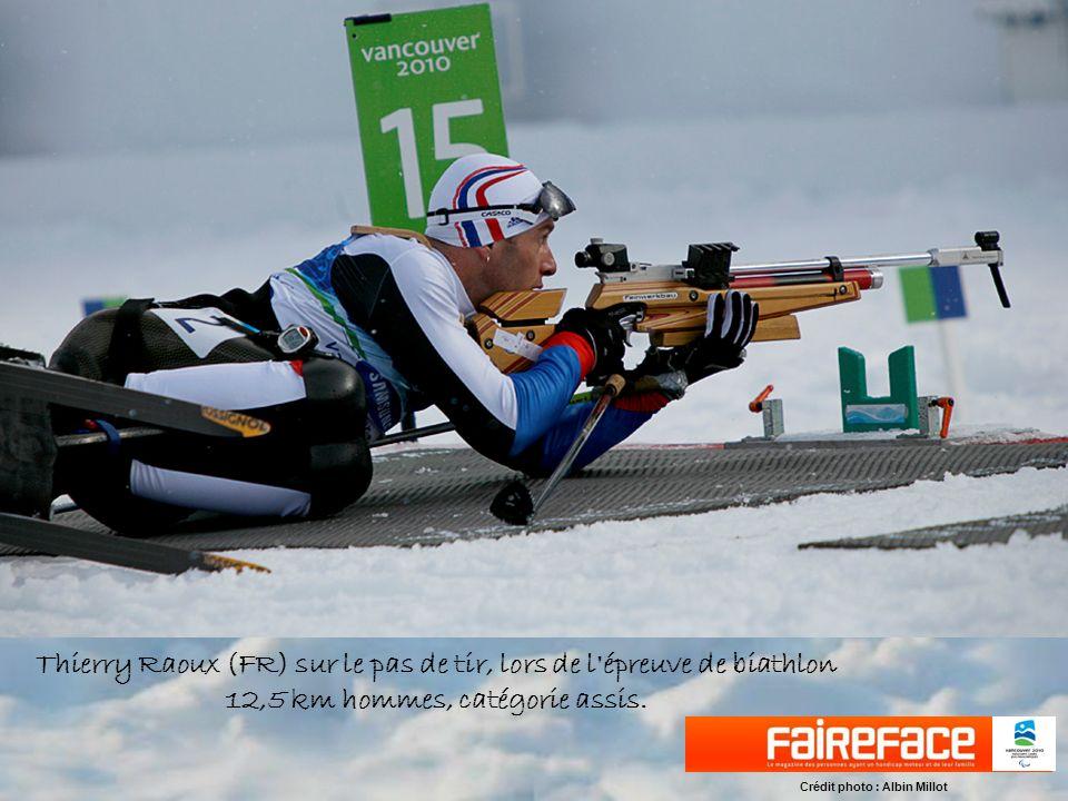 Arrivée de l épreuve de biathlon 12,5km, catégorie déficients visuels. Crédit photo : Albin Millot