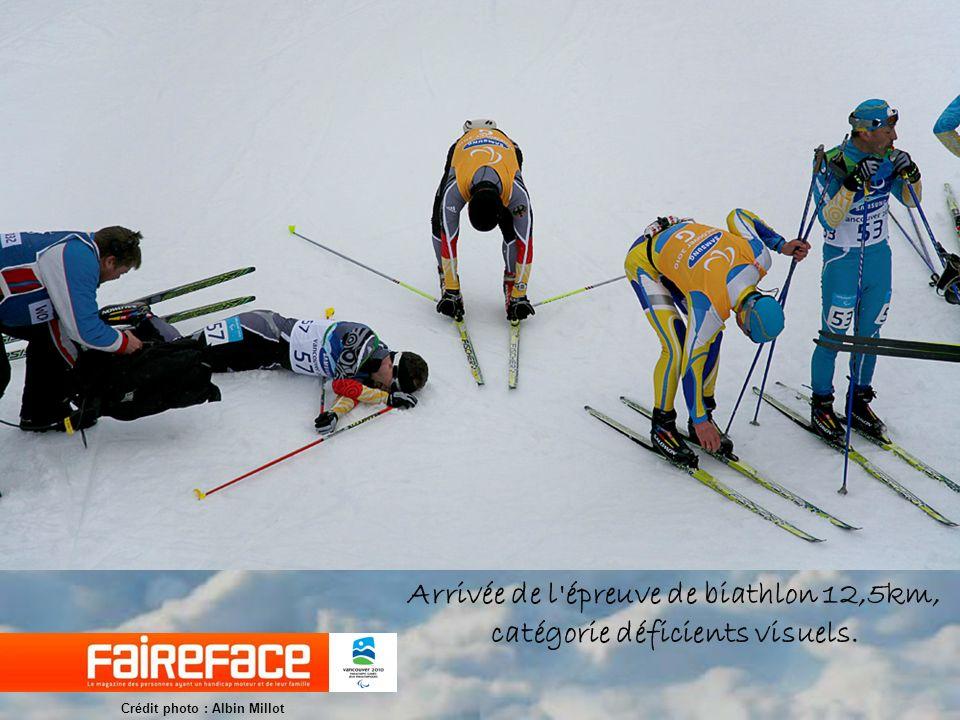 Kelly Underkofler (USA), lors de l épreuve de biathlon 12,5km femmes, catégorie debout.