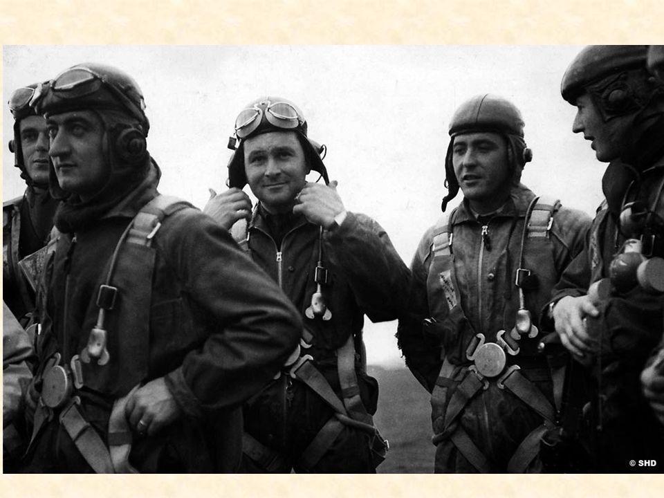 Durant les huit mois séparant la déclaration de guerre de la percée soudaine du front par les troupes allemandes traversant les Ardennes belges le 10
