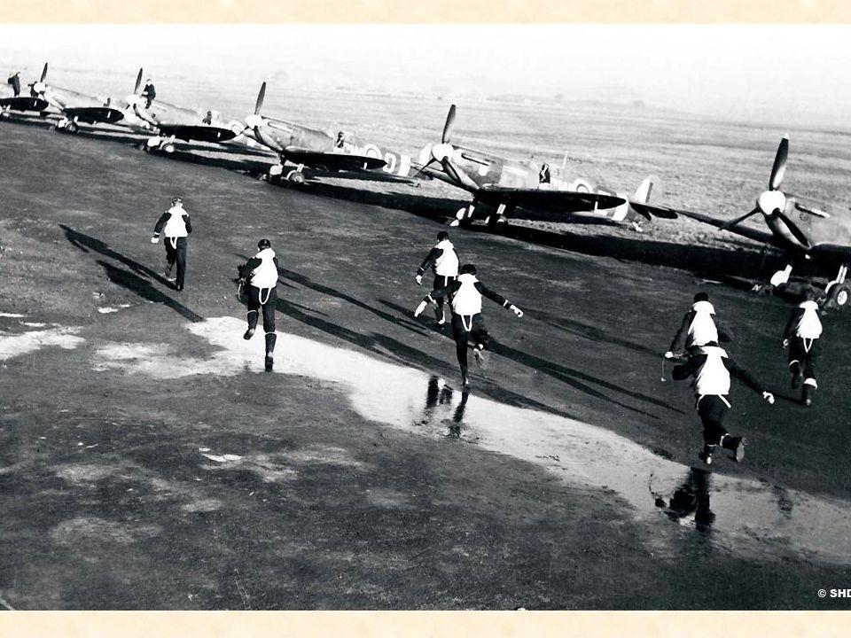 1942 Lespoir renaît Décollage en alerte pour les pilotes du 340 Squadron « Île-de-France » sur le terrain anglais de Tangmere-Westhampnett, en mai 194