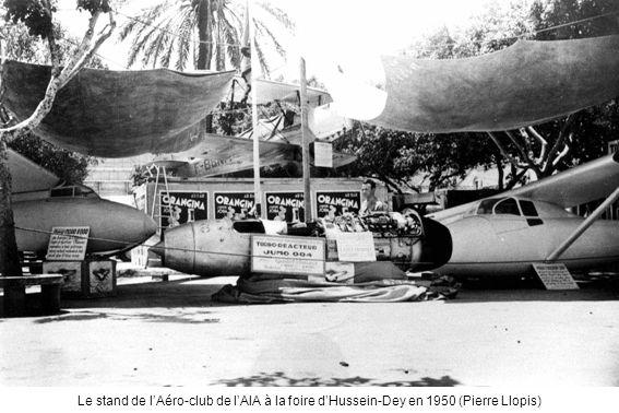 Le stand de lAéro-club de lAIA à la foire dHussein-Dey en 1950 (Pierre Llopis)