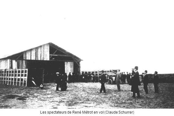Les spectateurs de René Métrot en vol (Claude Schurrer)