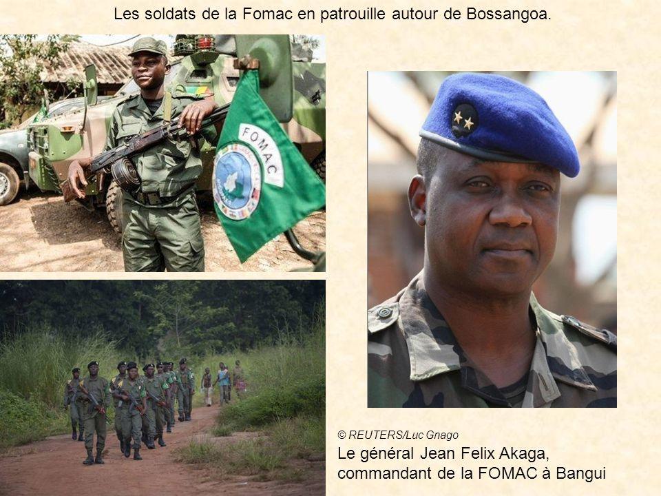 Le colonel Yvan Gouriou, à la tête du 27ème bataillon de chasseurs alpins. Maintenir ouvert l'aéroport de Bangui est un enjeu capital Le général Jean-