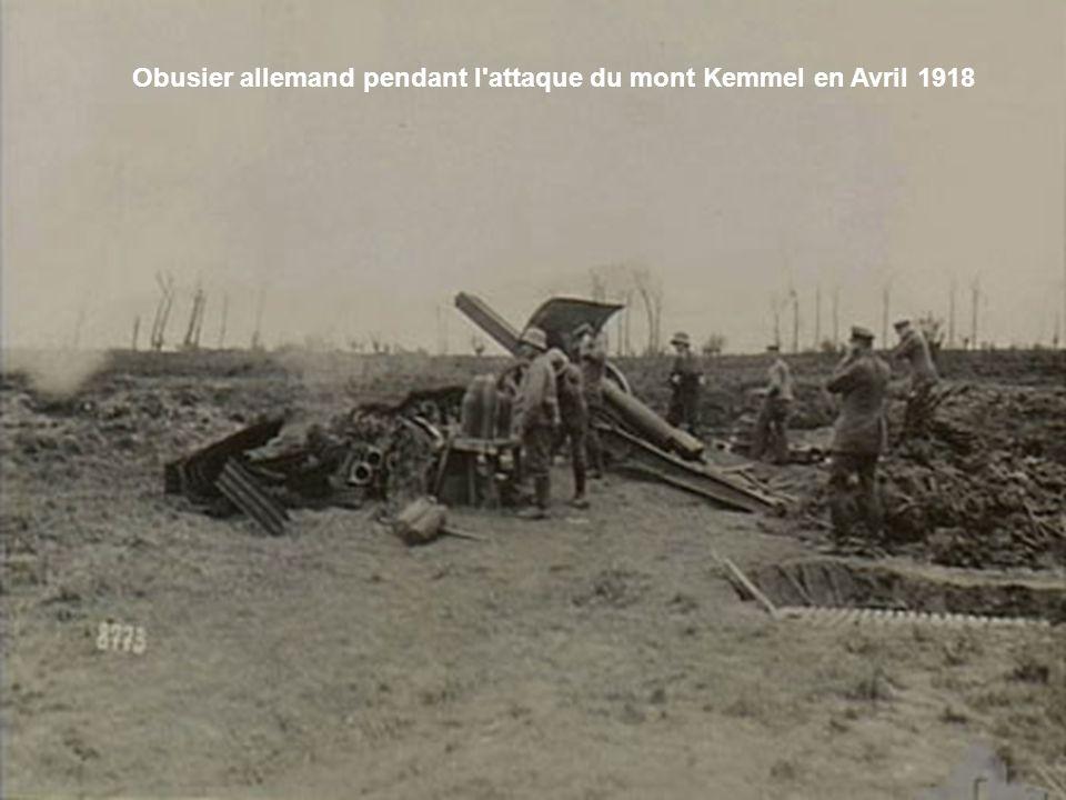La première véritable victoire de l'armée belge intervient au cours de la bataille de Mercken, le 17 avril 1918. Menacées sur leur revers au Mont Kemm