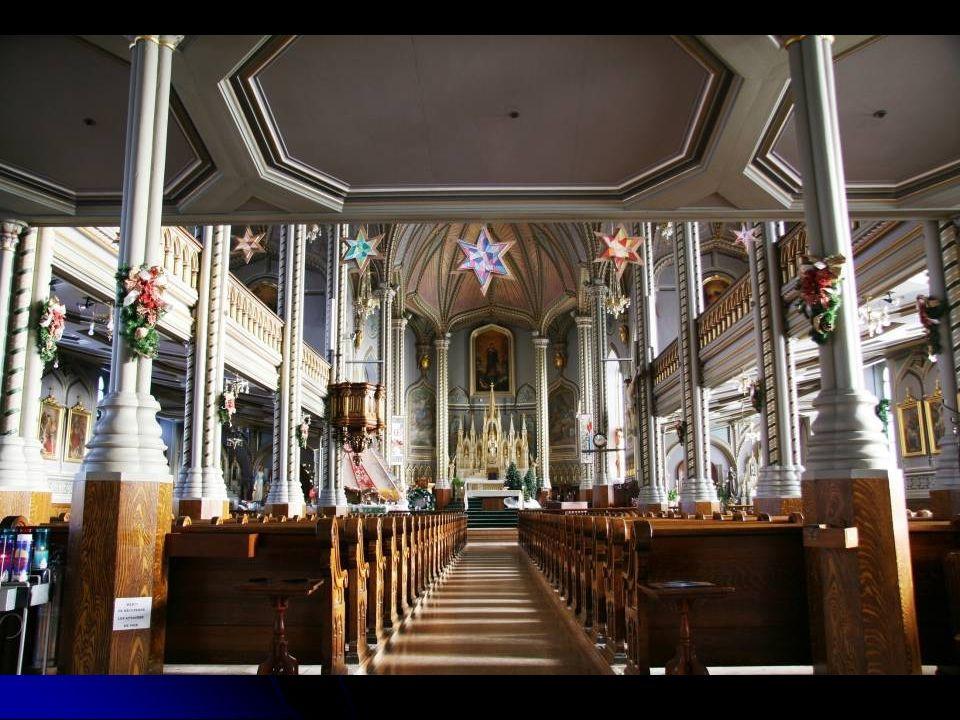 En Europe où larchitecture des édifices fait lobjet de détails de raffinement et dattention, en Amérique, ce sont les lieux de culte qui ont été favorisés par les dessinateurs et les architectes lors de leur construction.