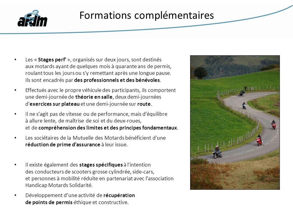 Les « Stages perf' », organisés sur deux jours, sont destinés aux motards ayant de quelques mois à quarante ans de permis, roulant tous les jours ou s