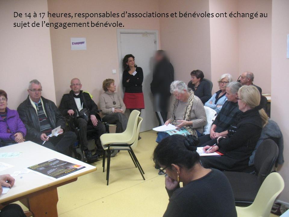 De 14 à 17 heures, responsables dassociations et bénévoles ont échangé au sujet de lengagement bénévole.