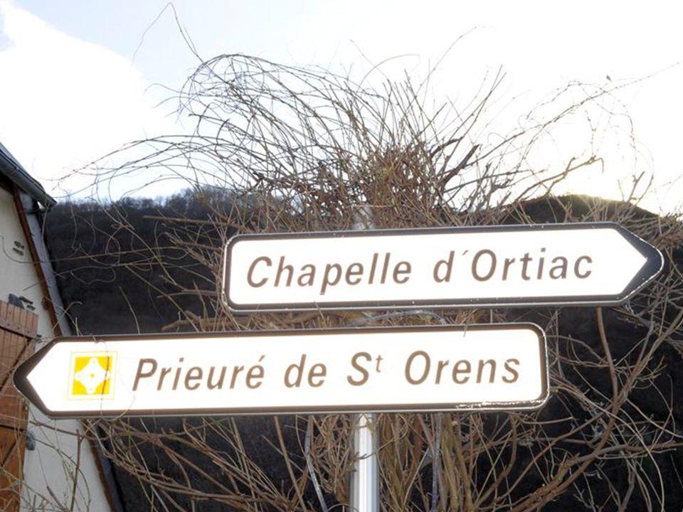 Prieuré St Orens Dans un vallon retiré du bassin d'Argelès, entre le hameau d'Ortiac et le lac d'Isaby, au-dessus de la commune de Villelongue (Hautes