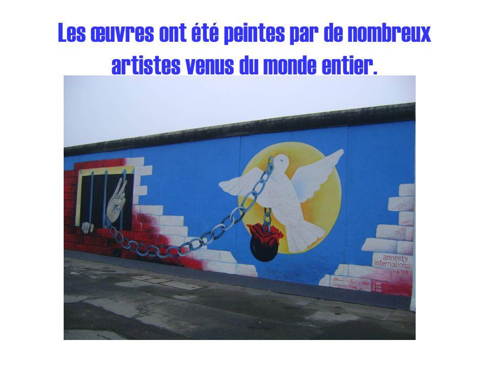 Les œuvres ont été peintes par de nombreux artistes venus du monde entier.
