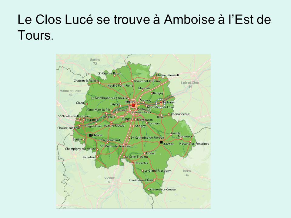 Le Clos Lucé se trouve à Amboise à lEst de Tours.