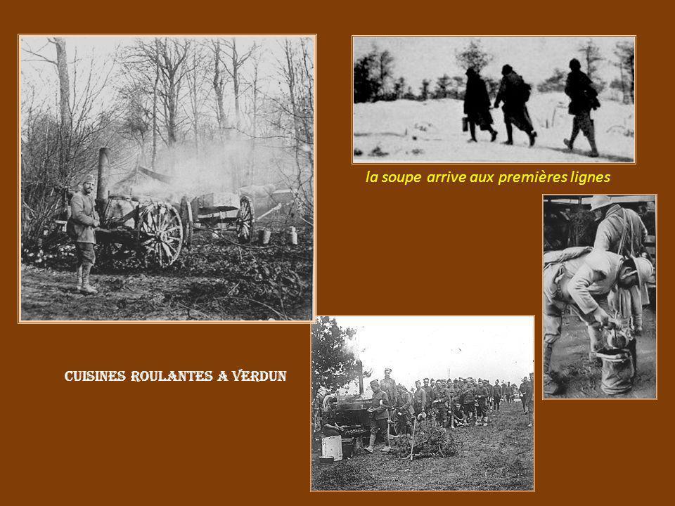 Les coureurs. Ils assuraient les liaisons la relève des lignes de tranchées Verdun bois du Chapitre