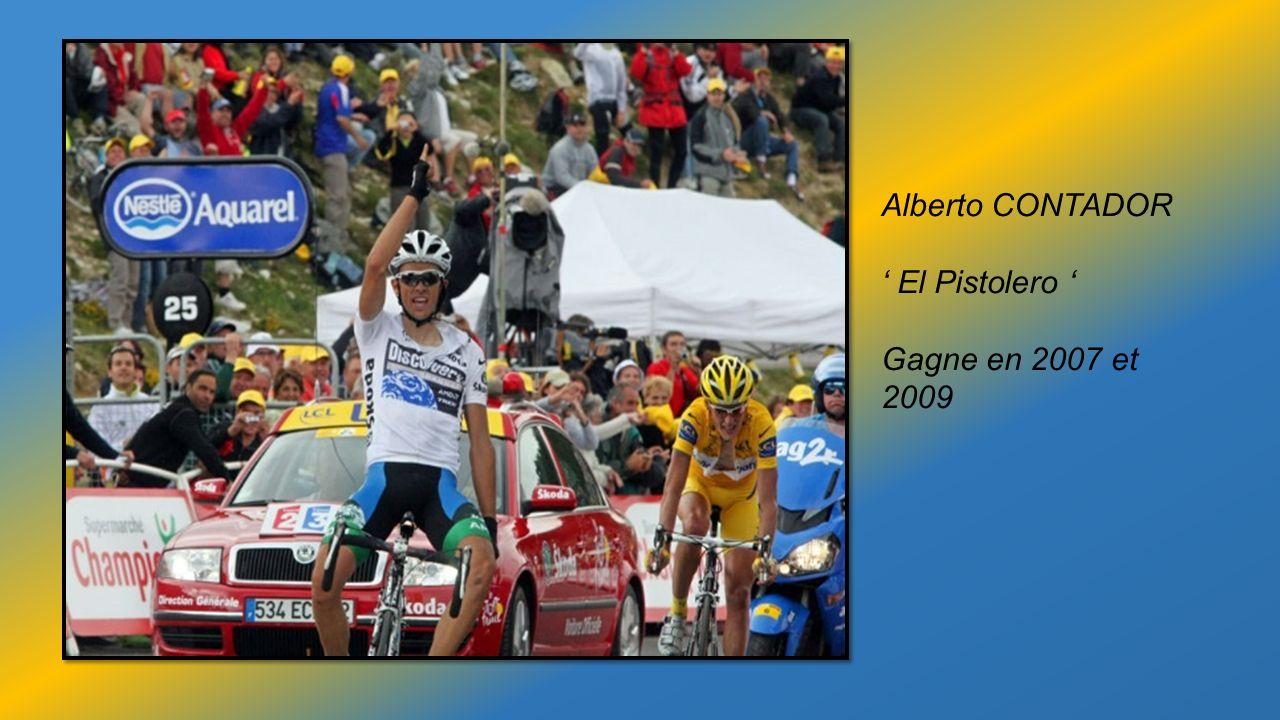 Les Images CHOC en 2003 chute de Joseba BELOKI que Lance Armstrong parvient à éviter en poursuivant sa course dans un champ
