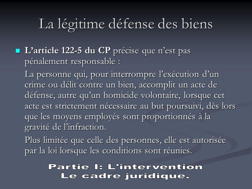 Larticle 122-5 du CP précise que nest pénalement responsable la personne qui :. devant une atteinte injustifiée,. envers elle-même ou autrui,. accompl