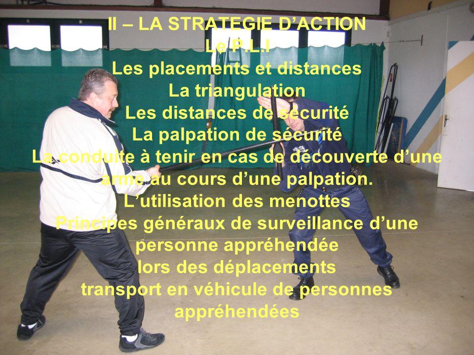 Le menottage Cest une mesure de sûreté utilisée par la police, reconnue dans les pouvoirs de coercition prévus par la loi en matière darrestation et de détention de personnes.