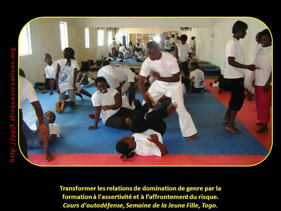 Transformer les relations de domination de genre par la formation à l'assertivité et à laffrontement du risque. Cours d'autodéfense, Semaine de la Jeu