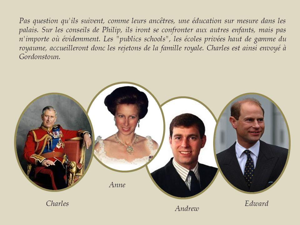 Très rapidement, Elizabeth II veut donner l image d une monarchie moderne, abordable, proche du peuple.