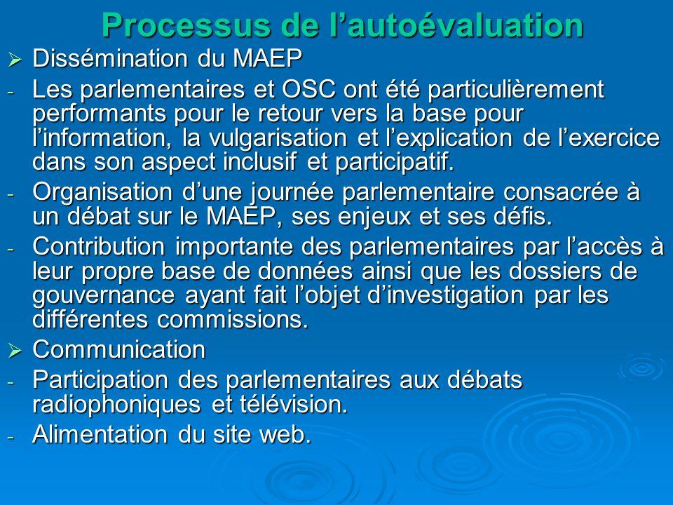 Dissémination du MAEP Dissémination du MAEP - Les parlementaires et OSC ont été particulièrement performants pour le retour vers la base pour linformation, la vulgarisation et lexplication de lexercice dans son aspect inclusif et participatif.