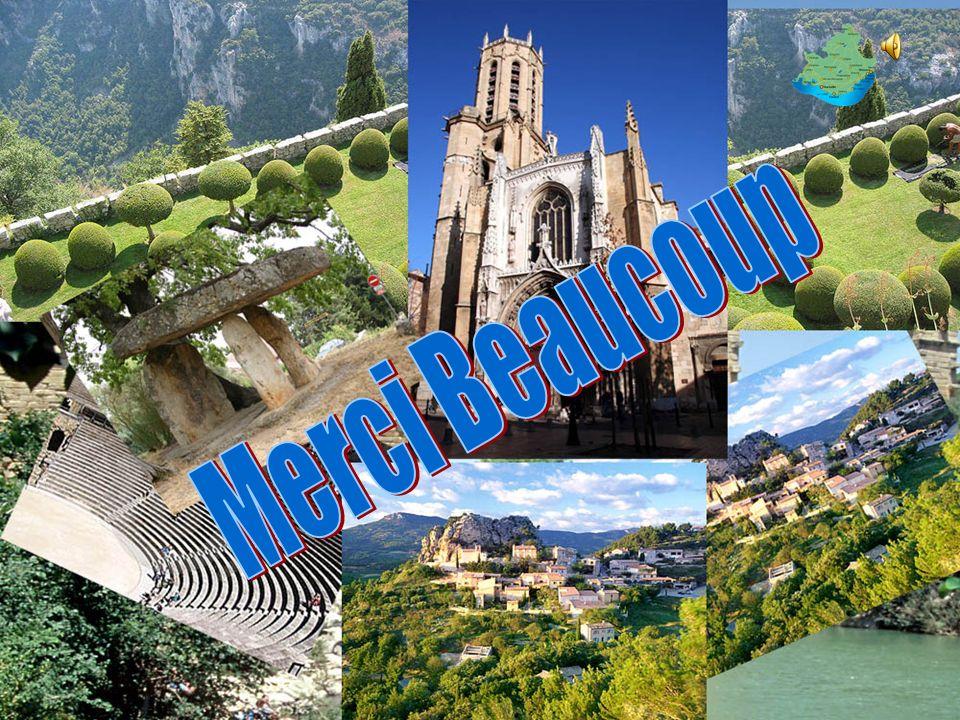 L'emplacement unique Provence géographie et le climat, en fait l'environnement idéal pour les civilisations anciennes. Marseille situation géographiqu