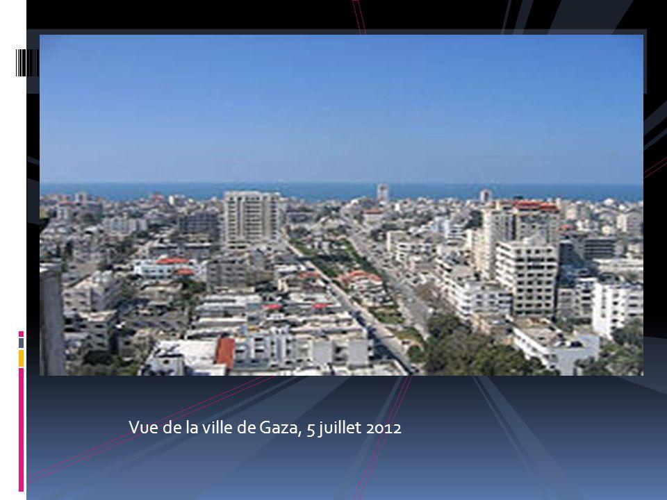 Administration Pays Palestine Géographie Coordonnées 31° 31 00 Nord 34° 27 00 Est Altitude 0 m Démographie Population 449 221 1 hab.