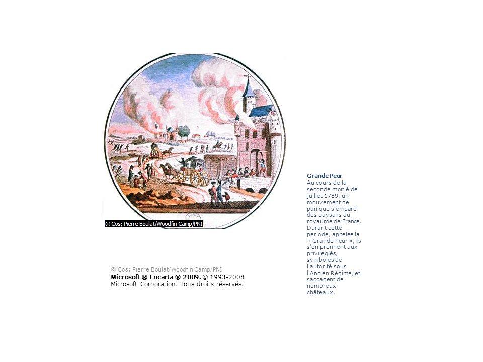 Nuit du 4 août 1789 Dans la nuit du 4 août 1789, après de multiples débats et propositions, les députés de l Assemblée nationale constituante réunis à Versailles décrètent la destruction pure et simple du régime féodal.