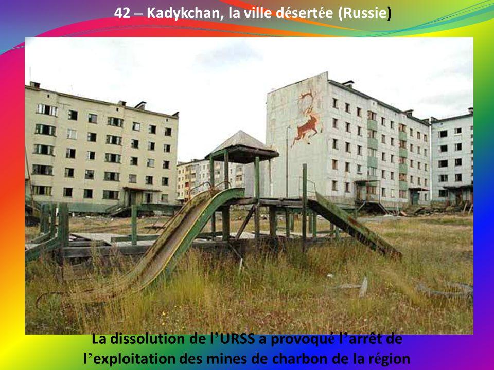 41 – Le village olympique de Sarajevo (Bosnie-Herz é govine) Depuis les jeux d hiver de 84, les é quipements de Sarajevo ont é t é laiss é s à l aband