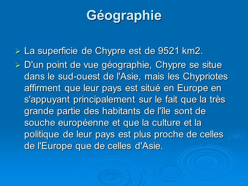 Géographie et Climat La péninsule grecque s étend à la pointe sud-est de l Europe, couvrant une superficie de 131.944 km².
