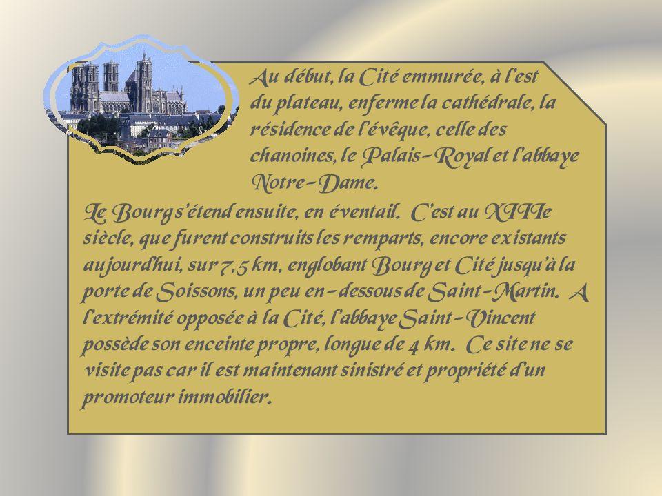 Cest le plus ancien Hôtel-Dieu conservé en France.