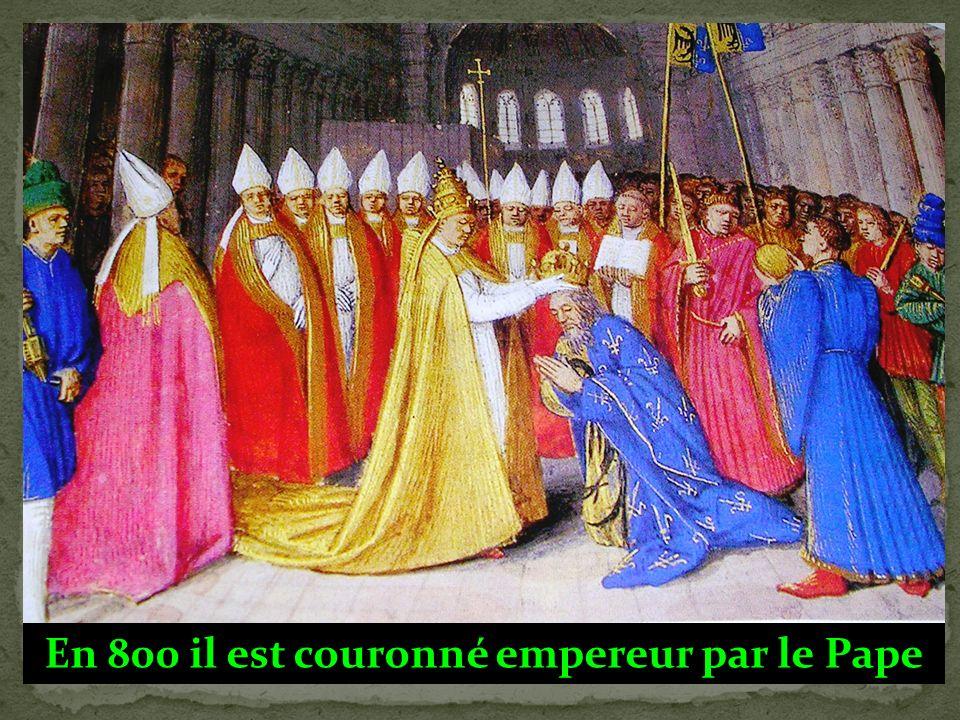 Charlemagne rend la justice : Le roi à la « barbe fleurie » Or on a aucune raison de penser que Charlemagne (connu pour sa barbe fleurie) portait r é