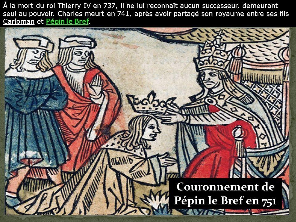 La dynastie des Carolingiens fondée par Charles Martel, succède à celle des Mérovingiens. Charles Martel à Poitiers