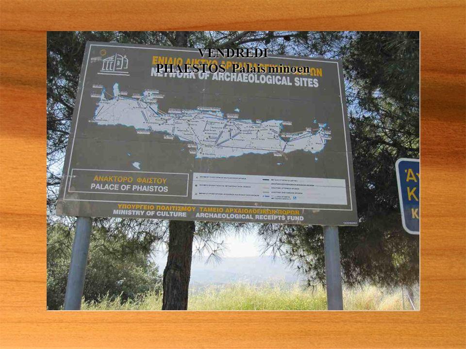 Troglodytes à MATALA village annexé par les hippies dans les années 1960/1970