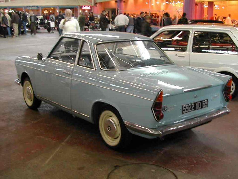 BMW « 700 ». Coupé allemand produit de 1959 à 1966 et dessiné par lItalien Michelotti.