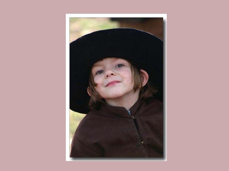 Les Amish ne composent pas une secte mais une communauté. Chez eux, il n'y a pas d'endoctrinement. D'ailleurs, ils se méfient de la parole car, étant
