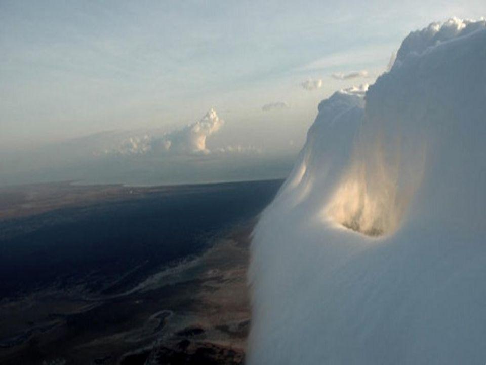 Le heurt de masses d air observé en Espagne n aboutit pas à la formation de ce nuage particulier.