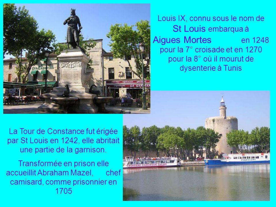 Arles sur les bords du Rhône reçut Jules César, 50 avant J.C. Vincent Van Gogh, dessina en Arles, à lHôtel Dieu en 1888, la chambre à coucher de la Ma