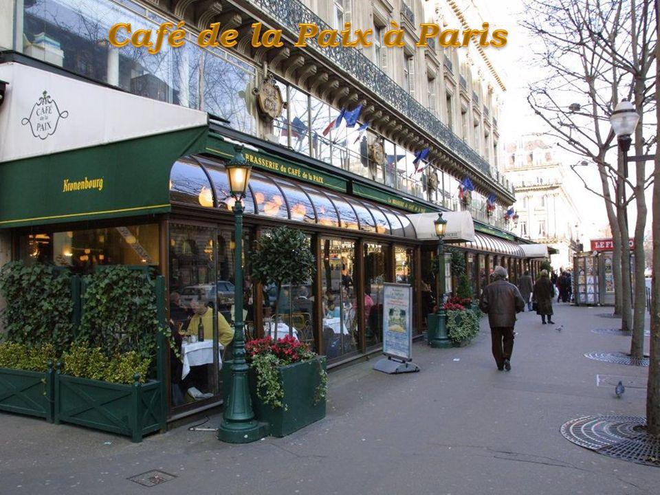 Le café de la Paix est un célèbre café et restaurant parisien du quartier de l'Opéra Garnier. Le café de la Paix a ouvert ses portes en 1862. Il était