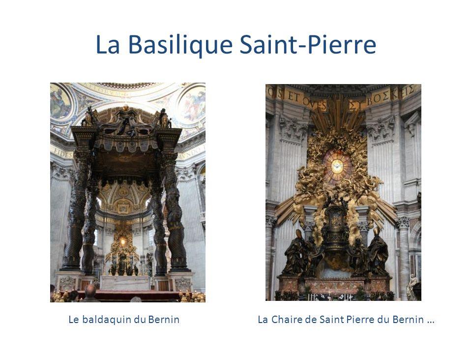 La cité du Vatican La place Saint-Pierre, la Basilique Saint-Pierre, le Palais Apostolique, lobélisque