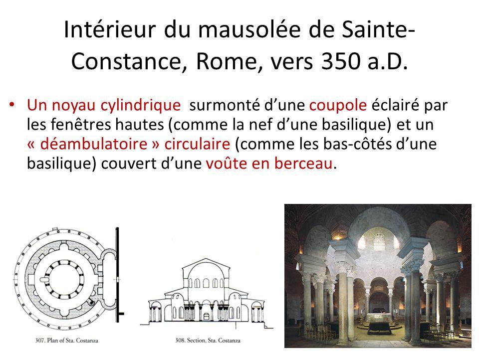 Un noyau cylindrique surmonté dune coupole éclairé par les fenêtres hautes (comme la nef dune basilique) et un « déambulatoire » circulaire (comme les