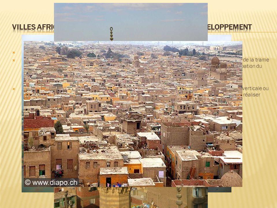 Une croissance consommatrice despace l horizontalité de la ville avec parfois un caractère semi-rural.