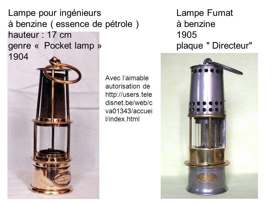 Lampe pour ingénieurs à benzine ( essence de pétrole ) hauteur : 17 cm genre « Pocket lamp » 1904 Lampe Fumat à benzine 1905 plaque