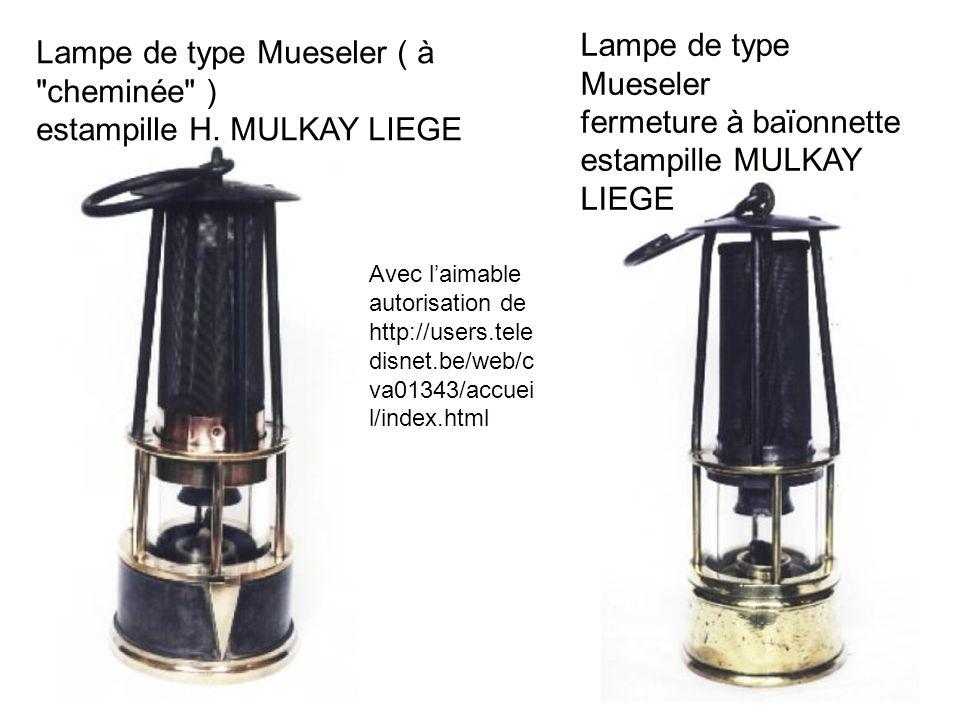 Lampe de type Mueseler fermeture à baïonnette estampille MULKAY LIEGE Lampe de type Mueseler ( à