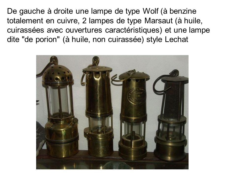 De gauche à droite une lampe de type Wolf (à benzine totalement en cuivre, 2 lampes de type Marsaut (à huile, cuirassées avec ouvertures caractéristiq