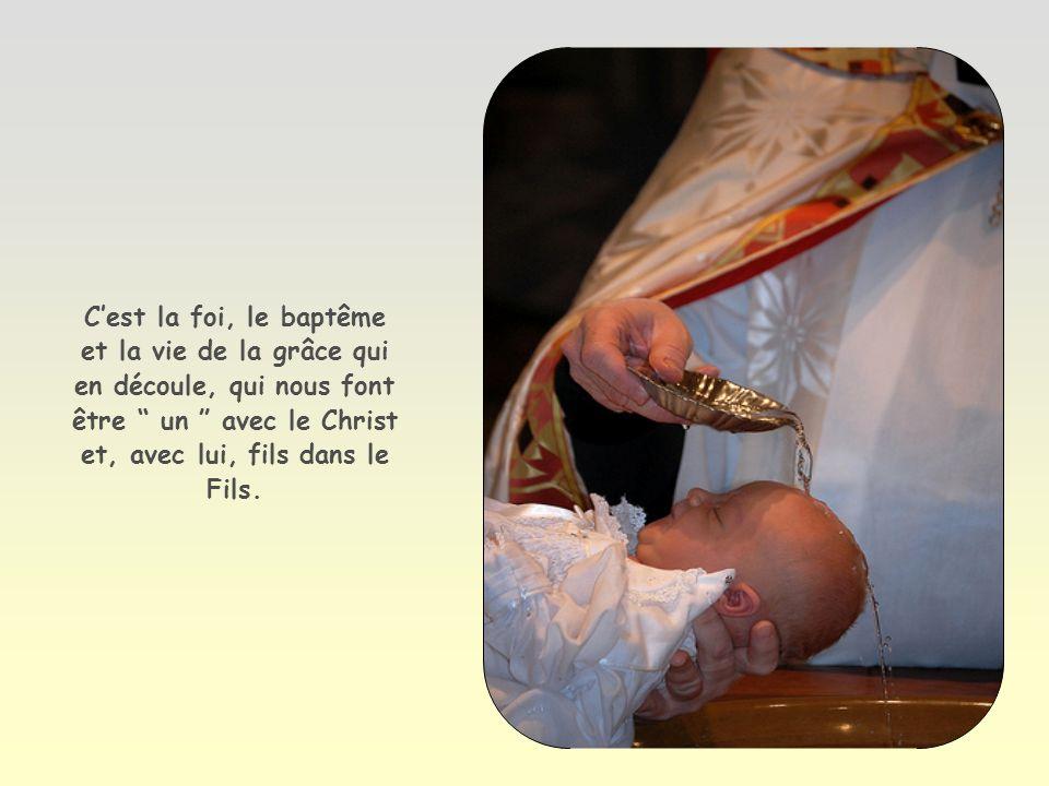 À ceux qui lont reçu, à ceux qui croient en son nom, il a donné le pouvoir de devenir enfants de Dieu