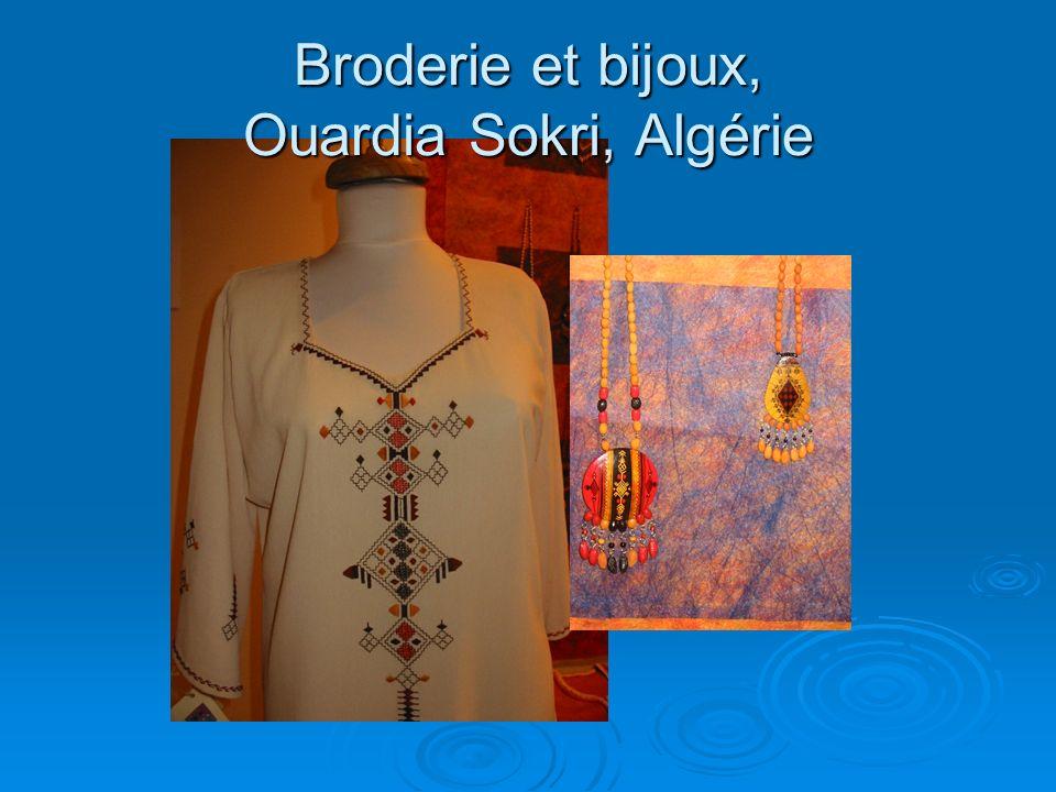 Broderie et bijoux, Ouardia Sokri, Algérie