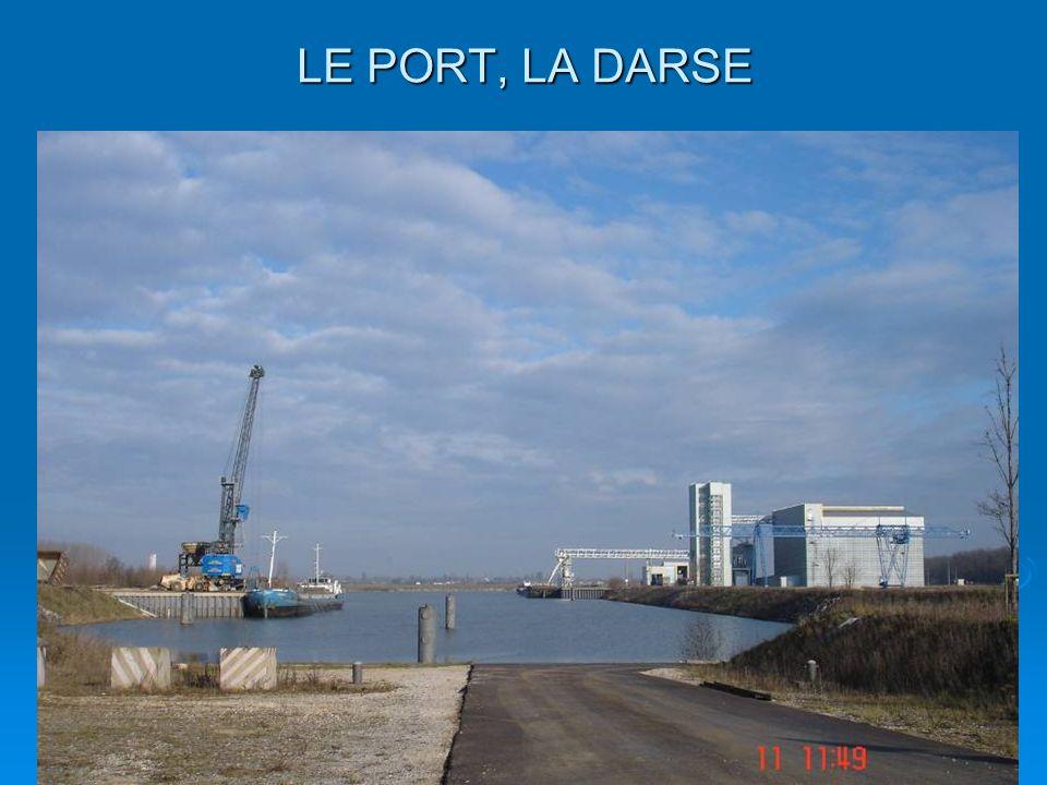 dsc0036920 LE PORT, LA DARSE