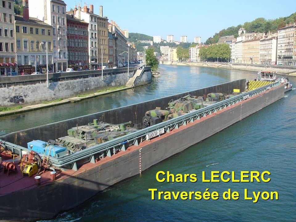 dsc0036935 Chars LECLERC Traversée de Lyon