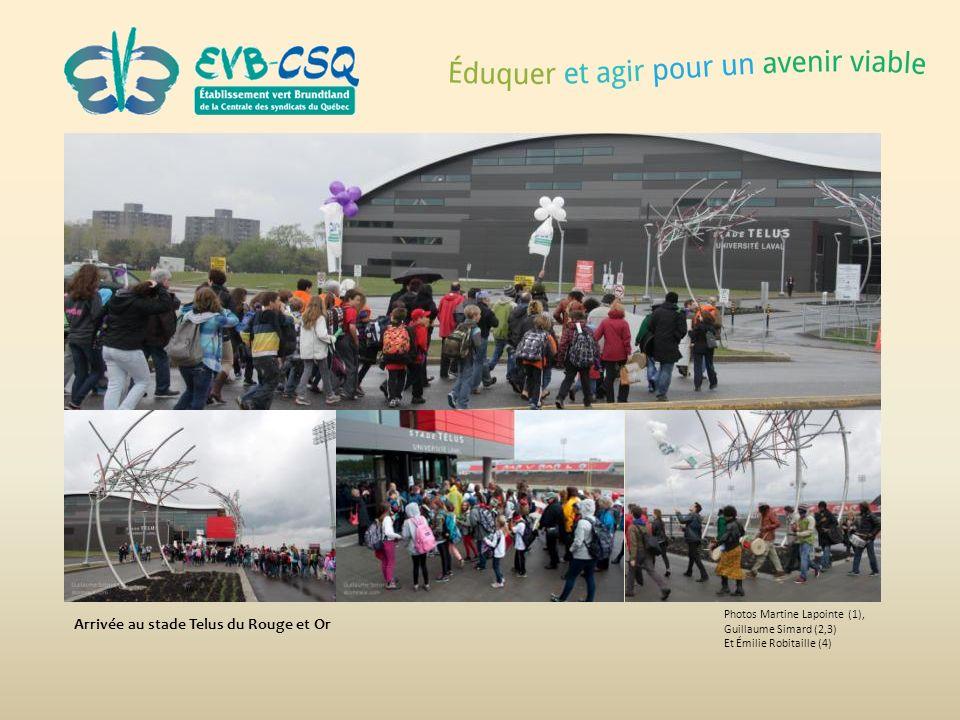 Photos Martine Lapointe (1), Guillaume Simard (2,3) Et Émilie Robitaille (4) Arrivée au stade Telus du Rouge et Or