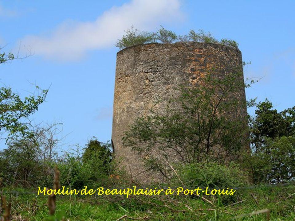 Moulin à Bois-Jolan à Sainte-Anne.